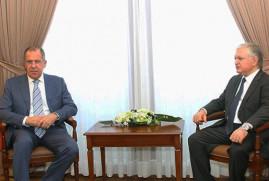 Ermenistan ve Rusya Dışişleri Bakanları Viyana'da görüştü